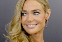Should-denise-richards-darken-up-side